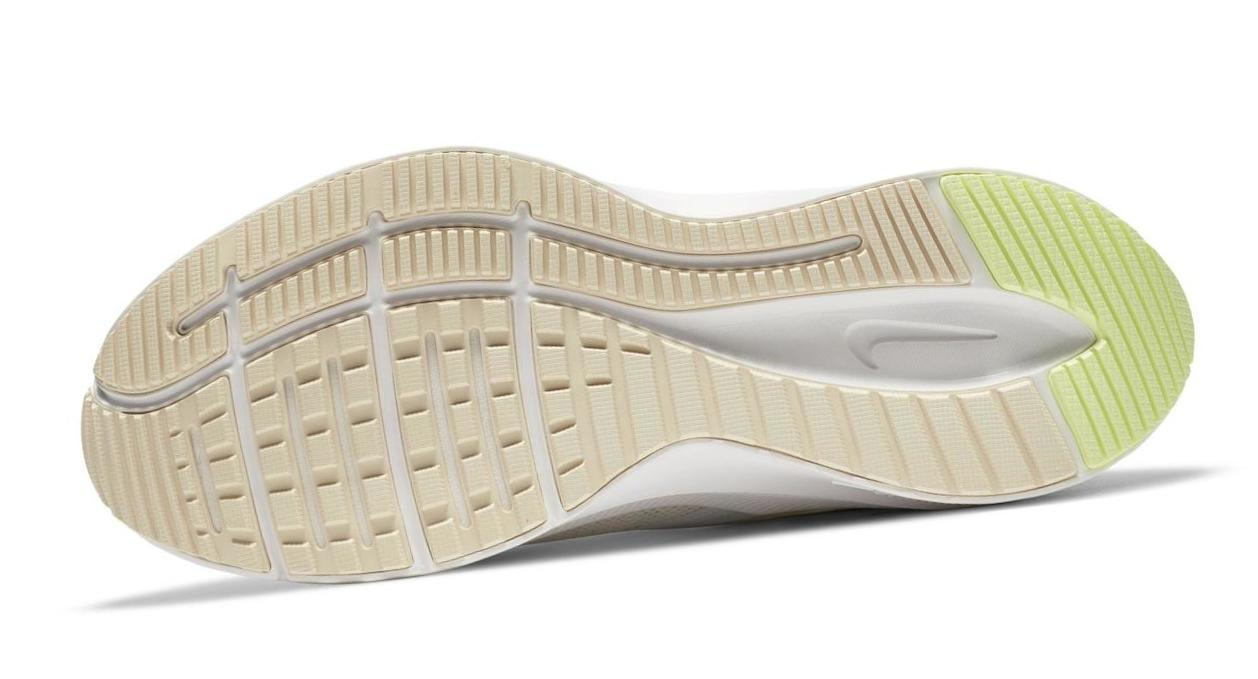 Nike Quest 3 Summit White/Barely Volt/Guava Ice