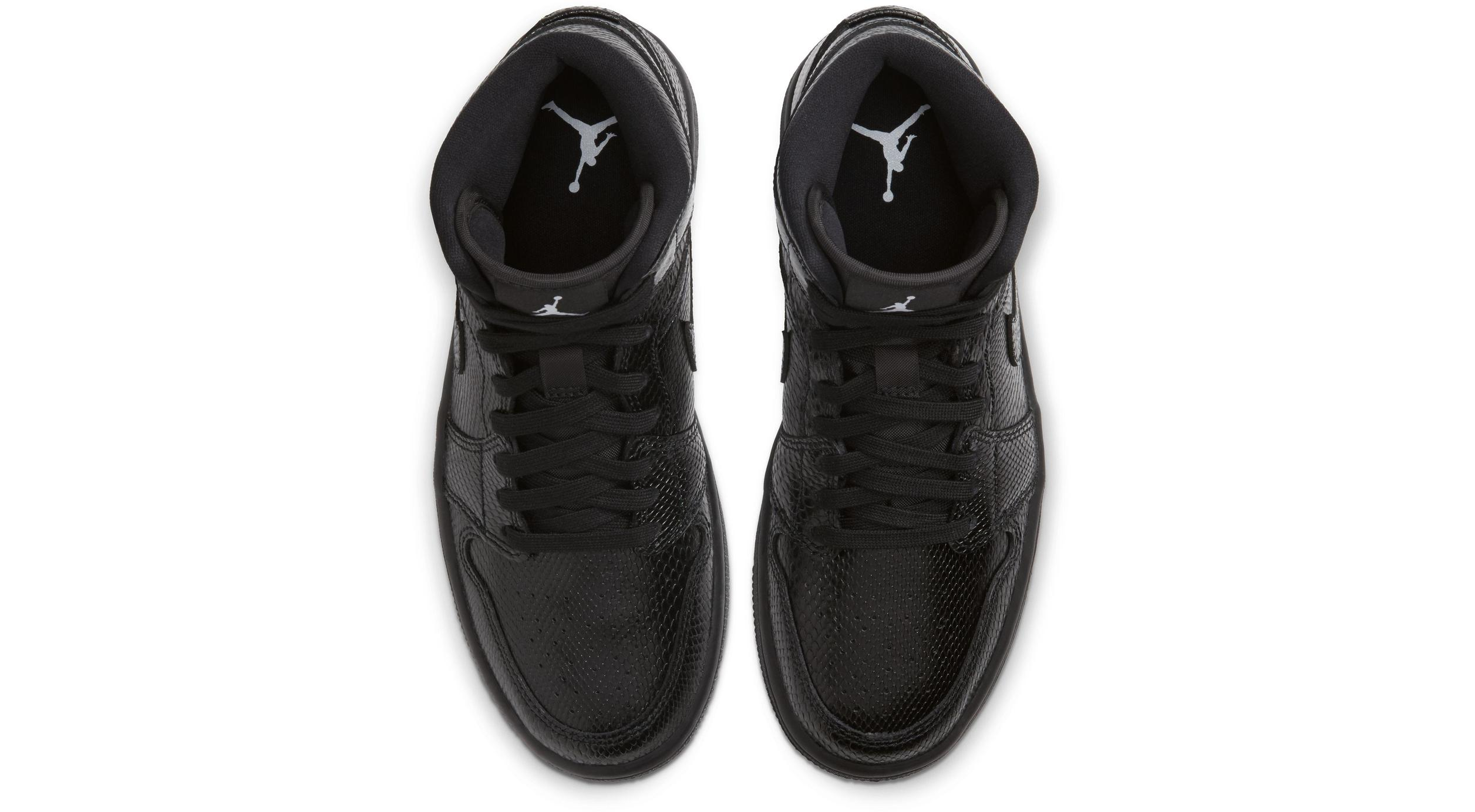 Air Jordan 1 Mid Black/White/Black